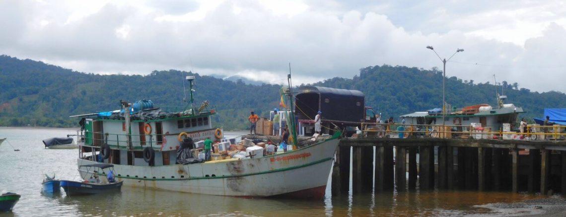 Vrachtschap haven Bahía Solano